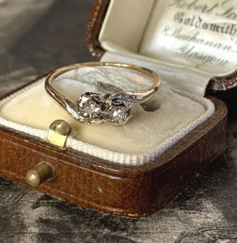 Antique 9ct Diamond engagement ring two stone cross over UKM 1/2
