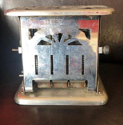 Vintage Universal Toaster E79312 Landers Frary Clark Country Kitchen Cabin Door