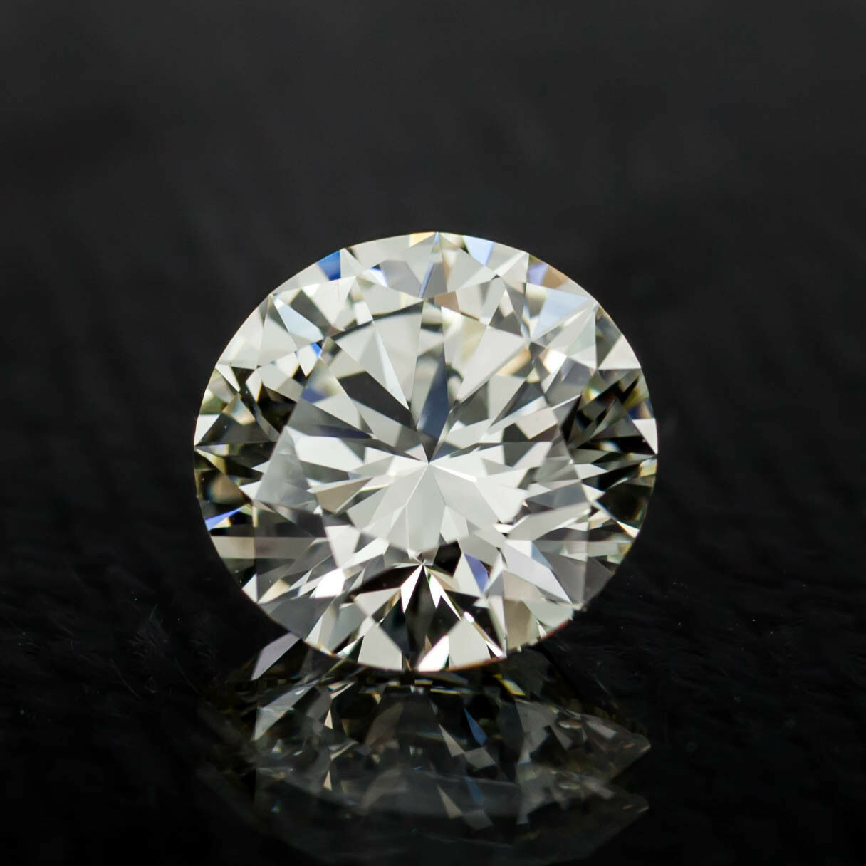 2.02 Carat Loose L / VVS2 Round Brilliant Cut Diamond GIA Certified