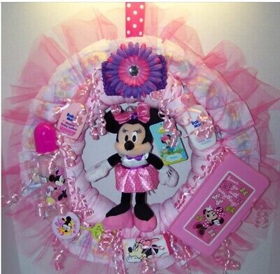 Diaper Wreaths (MINNIE MOUSE DIAPER WREATH FOR A BABY GIRL, SHOWER GIFT, DECORATION SO CUTE)
