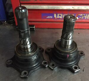 Nissan R200 lsd 5 bolt diff stub axles Camden Camden Area Preview