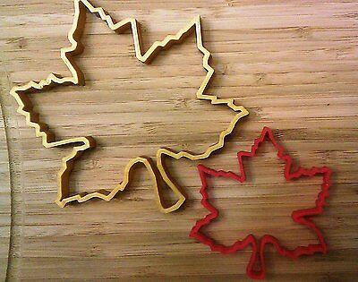 Maple Leaf Cookie Cutter - Choice of Sizes (3D Printed Plastic) ()