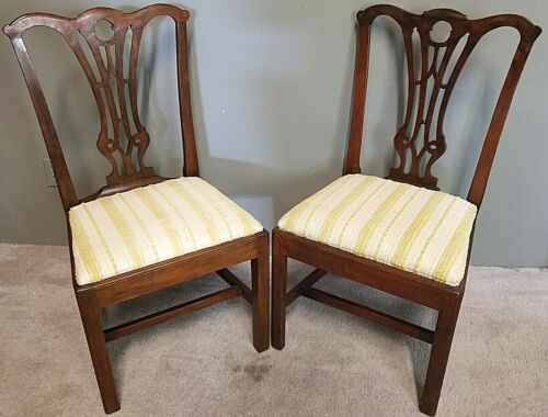 Pair of 19th Century Chippendale Style Carved Mahogany Dining Accent Chairs