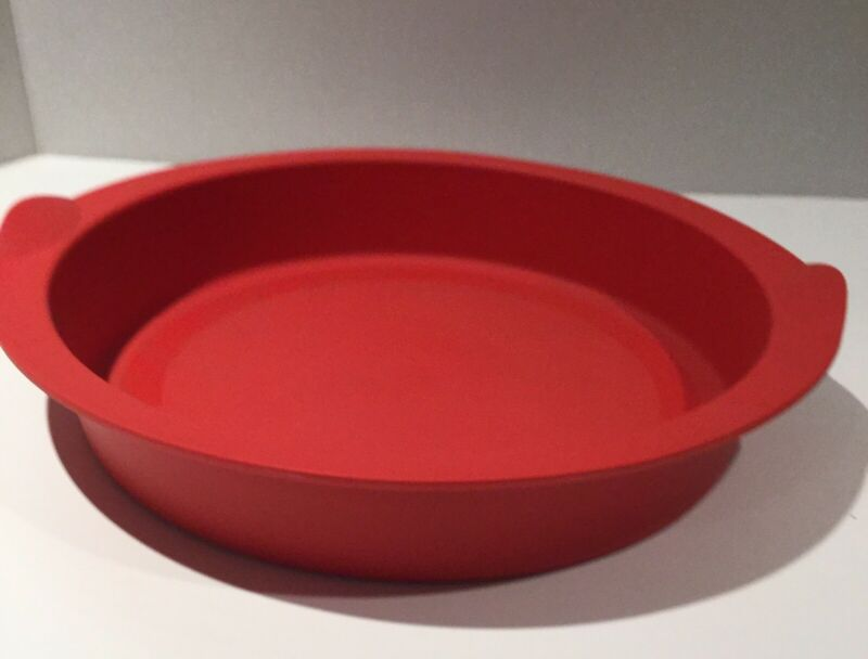 Tupperware Round Pie Silicon Baking Form Red New