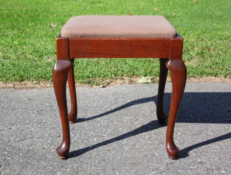 Vintage Queen Anne Solid Mahogany Sewing Stool Piano Bench Vanity Seat Storage