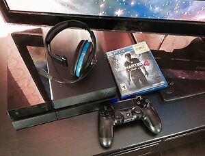 Ps4 lot 3 games + headset