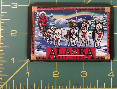 Alaska Tinplate magnet Beautiful Dog Sled Team & Northern Lights cabin scene