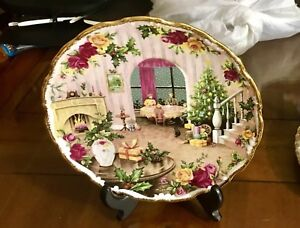 Royal Albert Old Country Rose plate, excellent condition