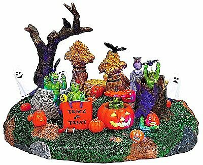 I Spirit Halloween (Lemax 74606 PLAYFUL SPIRITS Spooky Town Table Accent Animated Halloween Decor)