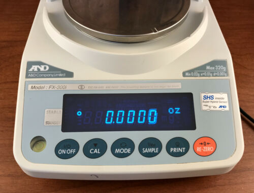 AND A&D FX-300i Precision Lab Balance Precision Scale w/Adapter 320g x 0.001g