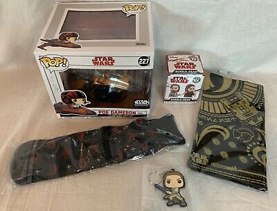 Funko Pop Star Wars Smugglers Bounty Box Poe Dameron X-wing Socks Scarf Keychain