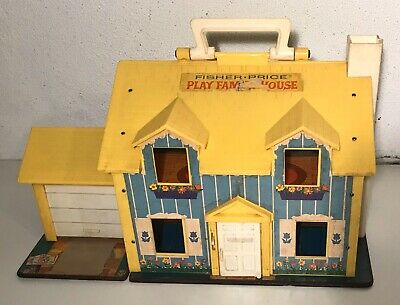 VTG 1969 Fisher Price Little People Family Play House #952 Doorbell works