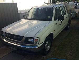 2004 Toyota Hilux Dual Cab Ute Marks Point Lake Macquarie Area Preview