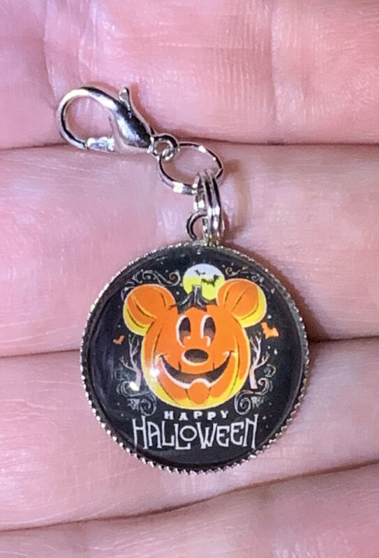 Silver Mickey Mouse Happy Halloween 🎃Charm Zipper Pull & Keychain Add On Clip!