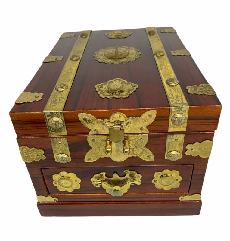 Vintage Oriental Lacquered Wood Make Up/Jewelry Box with Folding Mirror & Drawer