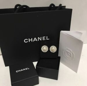 19248613d3a172 Chanel Earring | Kijiji in Toronto (GTA). - Buy, Sell & Save with ...
