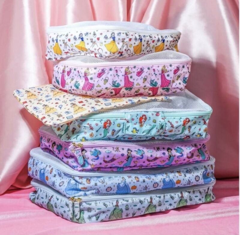 Stoney Clover Lane Disney Princess Nerver Stop Dreaming Packing Cubes