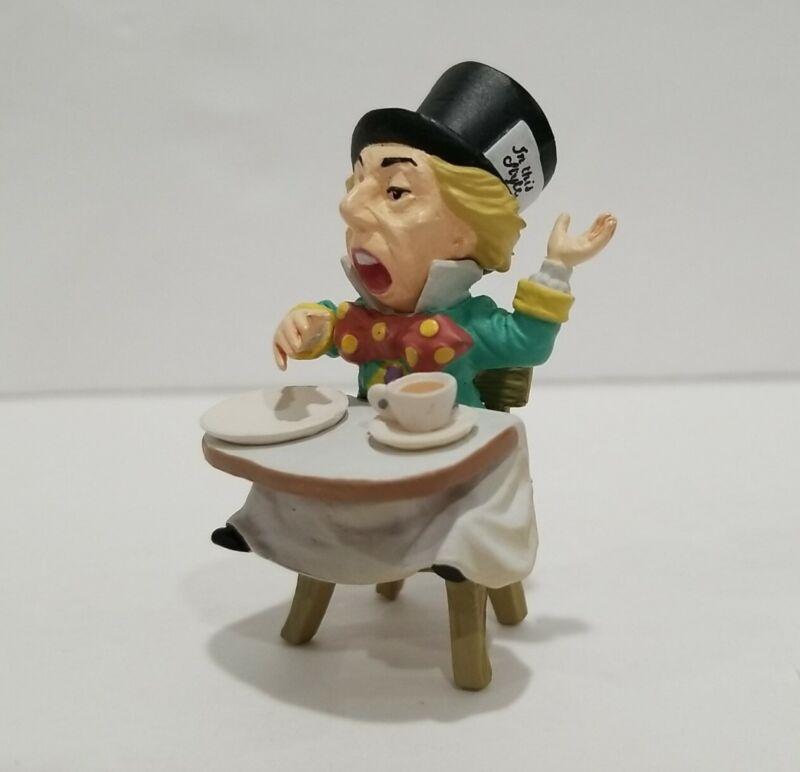 "Alice in Wonderland Tea Party 2.5"" Mad Hatter Figure Gashapon Kaiyodo"