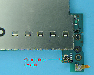 Reparation connecteur 7 réseau iphone 3gs  soudure repair carte mere