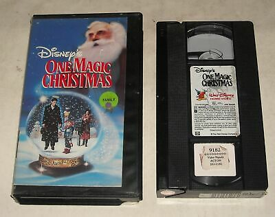 VHS TAPE in CLAM SHELL CASE - DISNEY ONE MAGIC CHRISTMAS MARY STEENBURGEN
