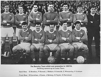 BARNSLEY FOOTBALL TEAM PHOTO>1967-68 SEASON