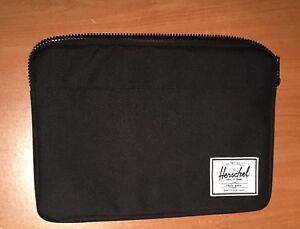 """13"""" Herschel Supply Laptop Case"""