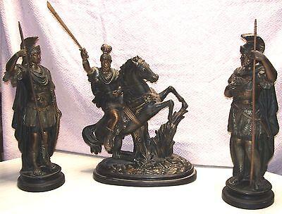 garniture de cheminée, soldats romains en terre cuite