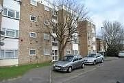 A WELL PRESENTED ONE BEDROOM APARTMENT LOCATED WITHIN EASY ACCESS TO HOUNSLOW AND HEATHROW
