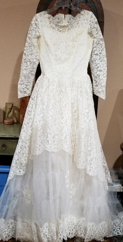 Vintage wedding dress, vintage antique lace, ivory, vtg dress