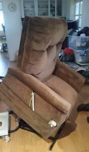 Pride C101 Electric Recliner Lift Chair Orelia Kwinana Area Preview