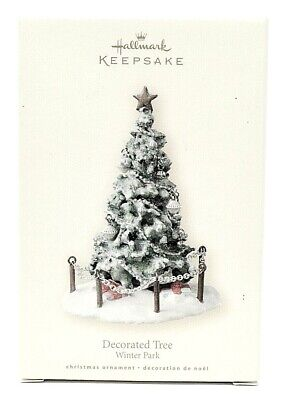RARE NEW 2007 HALLMARK DECORATED TREE WINTER PARK CHRISTMAS ORNAMENT SCARCE WOW
