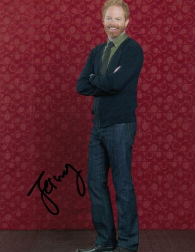 Jesse Tyler Ferguson signed 10x8 photo AFTAL & UACC [16795] Signing Details