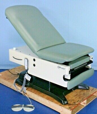 New Umf Medical Umf 4040-650-200 Power Exam Table With Warranty