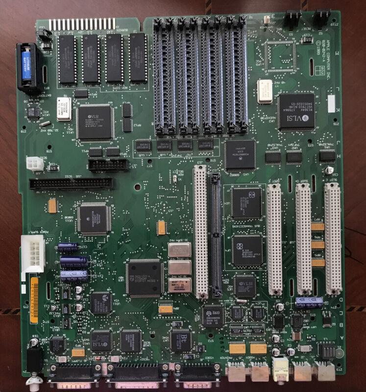New Apple Macintosh IIci 820-0242-A Motherboard Old Battery