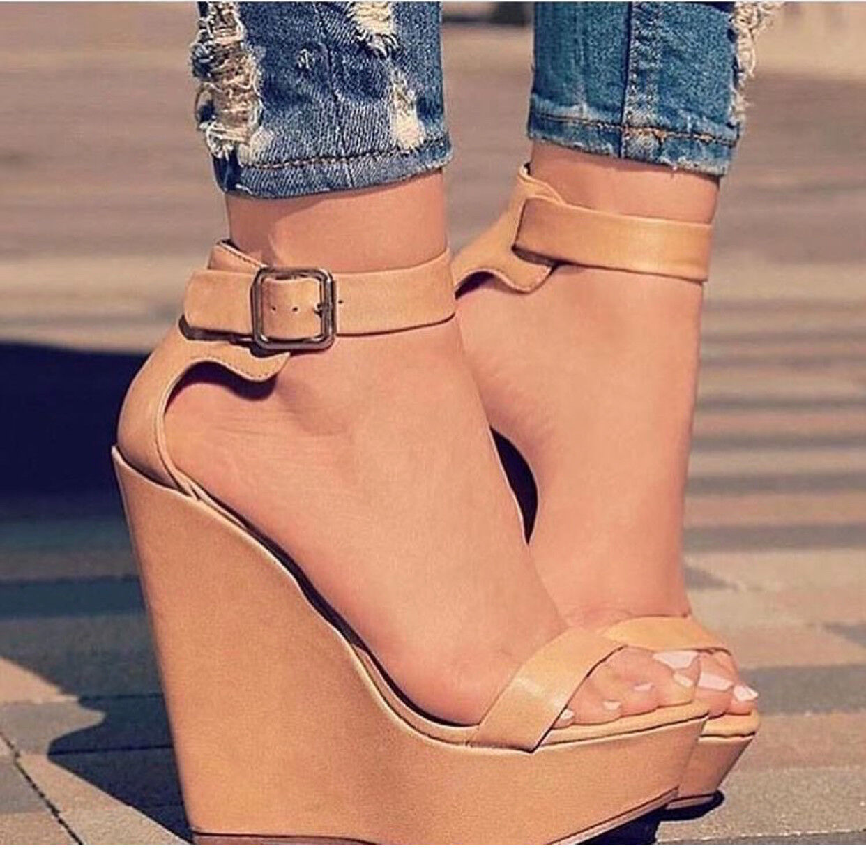 New women's Fashion  Nude wedges