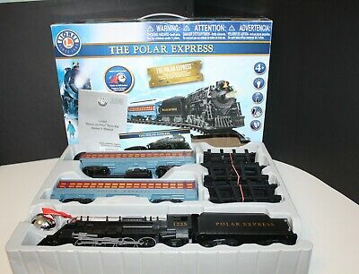 The Polar Express Battery Lionel 712061 w/Remote & Sounds Christmas Train Set