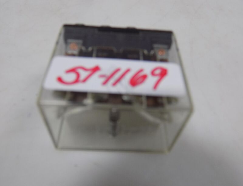OMRON PLUG IN RELAY 24VDC LY4-D
