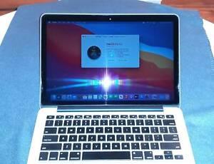 Macbook Pro 13inch / 2.7GHz i5 / 8Gb RAM / 250Gb SSD / New Battery