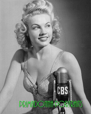 Gale Robbins 8X10 Lab Photo 1941 Sexy  Youthful Cbs Microphone Glamour Portrait