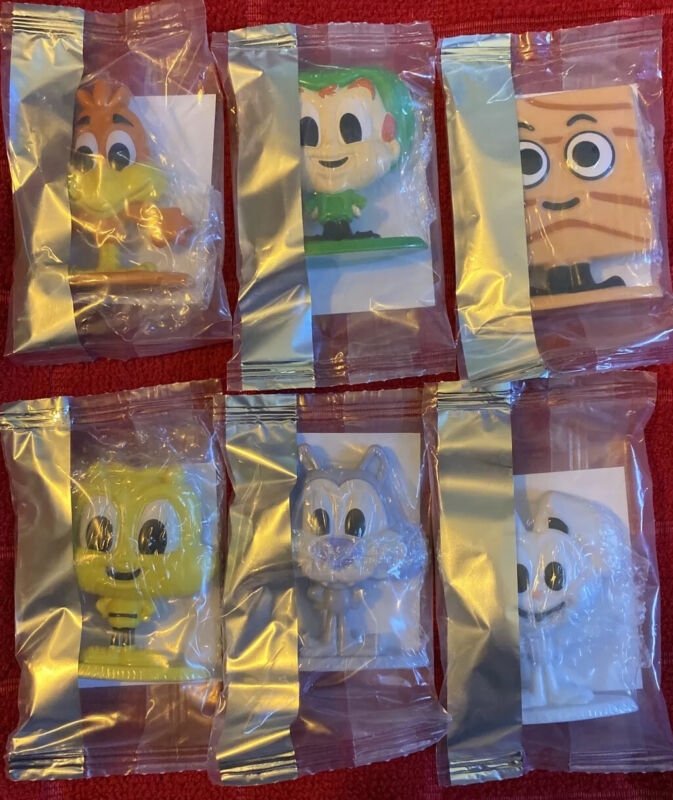 General Mills Cereal Squad Complete Toy Figure Set #1-6 Lucky Trix Bee MIP 2020