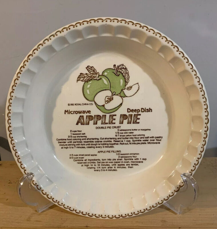 COUNTRY HARVEST ROYAL CHINA  MICROWAVE DEEP DISH APPLE PIE PLATE - 1983