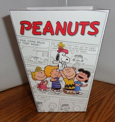 Peanuts Popcorn Box. Charlie Brown Snoopy. Free Shipping