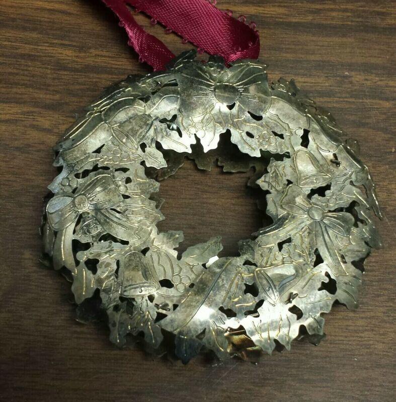 Christmas Ornament - Wreath - Talbots 1991 by Reed & Barton