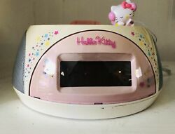 Hello Kitty Alarm clock Stereo AM/FM Radio w ipod Dock & aux input