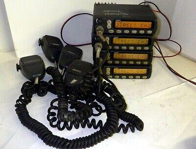 Uniden Smu250kts Uhf 450-490mhz  Mobile 2-way Radios 1-lot Of 4 Radios