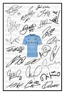Manchester City Signed Squad Team Autograph Photo Print 2013/14 Man Fernandinho