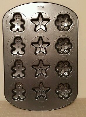 Wilton Christmas Cookie Treat Pan Gingerbread Man Star Snowflake Winter Baking Christmas Cookie Pan