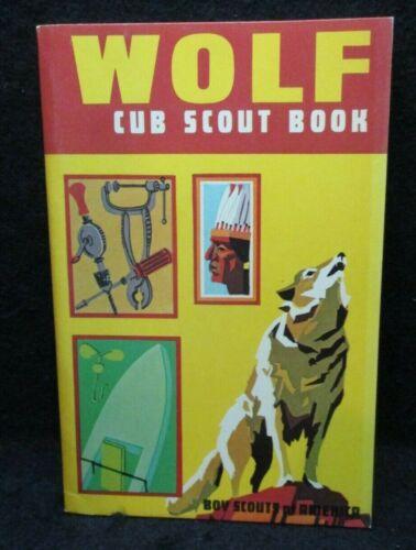 Boy Scouts of America Wolf Cub Scout Book 1974