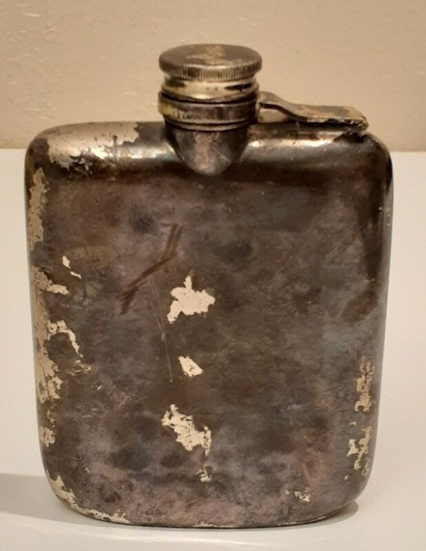 Vintage MERIDEN B 1324  Flask