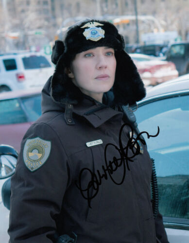 Carrie Coon Fargo signed 10x8 photo AFTAL & UACC [16766] Signing Details + COA